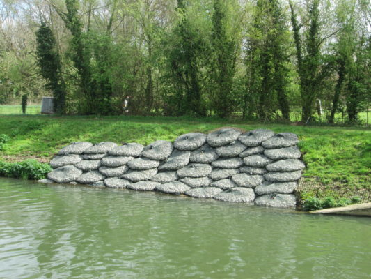 Riverbank reinforcement